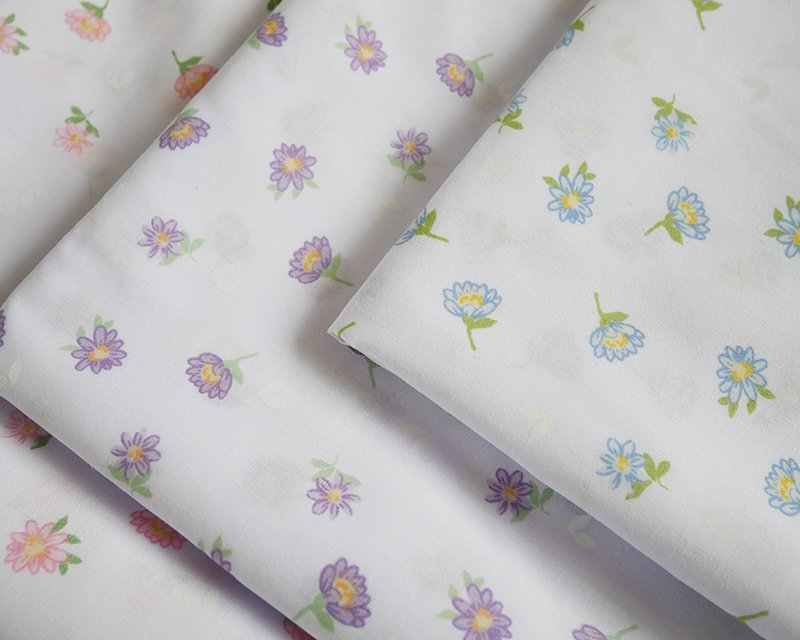 Sally Polycotton Ditsy Daisy Floral