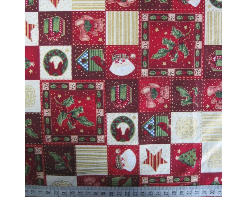 Xmas Patchwork Holly Cotton
